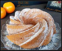 """ANGEL CAKE ALL'ARANCIA RICETTA DI: ADRIANA CIPRIANO Ingredienti: per uno stampo da 24 cm 300 g di farina """"00"""" 250 g di succo d'arancia 120 g di zucchero 70 g di olio di semi 4 albumi 1 bustina di lievito ANGEL CAKE ALL'ARANCIA"""