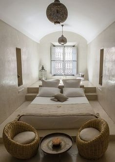 Perfect Moroccan Bedroom for the Minimalist