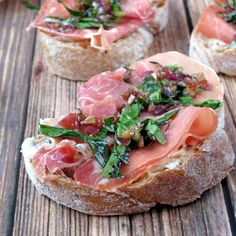 Goat Cheese And Prosciutto Crostini (http://ift.tt/1cyqJX9)
