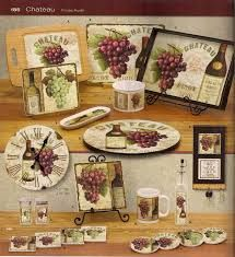 Wine And Grapes Kitchen Decor