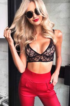 636d3620bf352 36 Black Lace Bralette Ideas To Stay In Touch And Style
