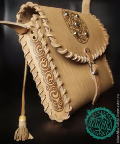 """Buy leather bag """"Gaelic"""" - beige, o .- Buy leather bag """"Gaelic"""" – beige, o … – Сумки – bag Leather Wallet Pattern, Leather Pouch, Leather Tooling, Leather Craft Tools, Leather Projects, Leather Hats, Leather Purses, Leather Carving, Leather Bags Handmade"""