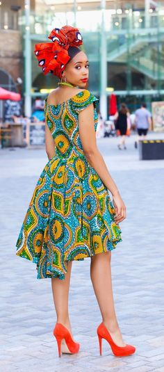 An epic roundup of over 50 hottest African print dresses and ankara dress styles this year. Plus details on where to get this exact African fashion dress right now. From ankara Dutch wax, Kente, to Ki Ankara Dress Styles, African Fashion Ankara, Latest African Fashion Dresses, African Dresses For Women, African Print Fashion, African Attire, Africa Fashion, African Style, African Dress Styles