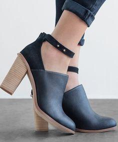 ShoeMint - Leana