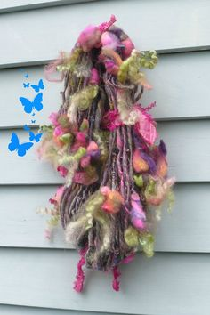 Handspun Yarn thick n thin Art Yarn / HANGING by Dreamfiber
