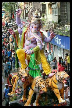 Ganesh Ji Images, Ganesha Pictures, Hanuman Tattoo, Indian Army Wallpapers, Shivaji Maharaj Hd Wallpaper, Sri Ganesh, Lord Ganesha Paintings, Ganesh Wallpaper, Indiana