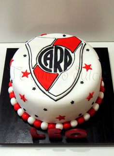 ♥TE QUIERO DULCE♥: Torta de River Plate 5th Birthday, Birthday Cake, Nerf Party, Soccer Party, Ideas Para Fiestas, Boyfriend Gifts, Cupcake Cakes, Cupcakes, Food And Drink
