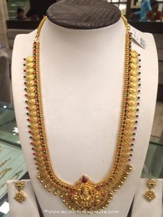 Gold long temple kasumalai with earrings goldtemplejewellery Gold Temple Jewellery, Gold Jewellery Design, Gold Jewelry, Gold Necklaces, Gold Bangles, Wedding Jewelry, Ruby Necklace Designs, Designer Bangles, Designer Jewelry
