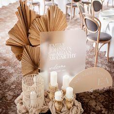 Fall Wedding Decorations, Ceremony Decorations, Table Decorations, Wedding Ideas, Decoration Party, Balloon Decorations, Wedding Themes, Wedding Details, Autumn Bride