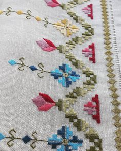 Hardanger Embroidery, Silk Ribbon Embroidery, Cross Stitch Embroidery, Bargello, Handicraft, Fiber Art, Bohemian Rug, Needlework, Diy And Crafts