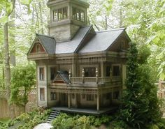 ♥  these are magnificent scale models by this company Howard Zane Structures - Classic Appalachian Gothic House