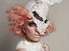 "Mode: Lady gaga, sacrée ""icône de la mode"" aux CFDA Fashion Awards"