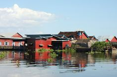 Must-Do Experiences in Cambodia: Cruse Tonle Sap