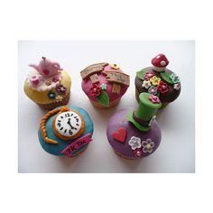 wonderland cupcakes  #dawninvitescontest