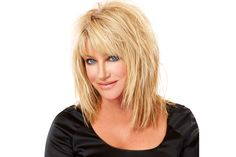layered hair Are you looking for Medium Hair Cuts With Layers For Women 2018 See our collection full of Medium Hair Cuts With Layers For Women 2018 and get inspired! Click NEXT PAGE below to start browsing the gallery and happy pinning! Long Shag Hairstyles, Easy Hairstyles For Medium Hair, Hairstyles Over 50, Haircuts For Long Hair, Layered Haircuts, Hairstyle Short, Trendy Hairstyles, Long Choppy Haircuts, Hairstyles For Medium Length Hair With Layers