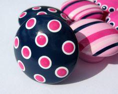 light pink, white, navy, dark pink
