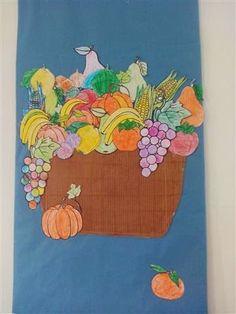Cistella de fruites de tardor Material: paper, colors, tisores Nivell: Menjador Infantil 2014/15