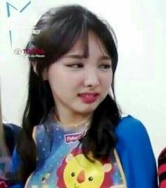 Blackpink Memes, Funny Kpop Memes, Meme Faces, Funny Faces, South Korean Girls, Korean Girl Groups, K Pop, Reaction Face, Im Nayeon