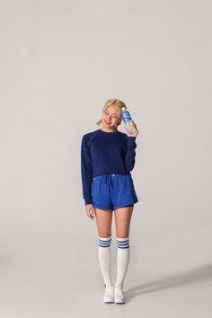 Behind the scenes TWICE's Pocari Sweat shooting - Sexy K-pop Kpop Girl Groups, Korean Girl Groups, Kpop Girls, Twice Chaeyoung, Pocari Sweat, Jihyo Twice, Nayeon Twice, Twice Kpop, Dahyun