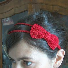 Free crochet - red bow headband.  Hello Kitty party favor?