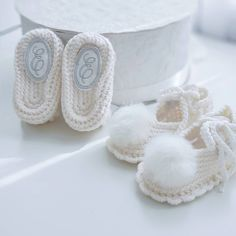 Personalized baby shoes, newborn booties, booties, christening shoes, booties for baby girl, baby shoes, personalized baby gift