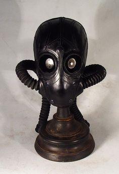 Bob Basset's Lair – mercenary Art leather mask