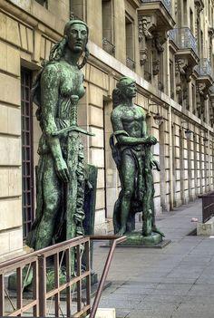 Near Orsay Museum, Paris VII Emille A. Bourdelle -Personajes del Monumento al Gral. Alvear en Bs. As.
