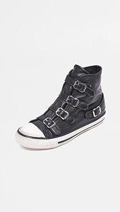 98742cc29d4 19 fascinerende afbeeldingen over I love shoes! - Beautiful shoes ...