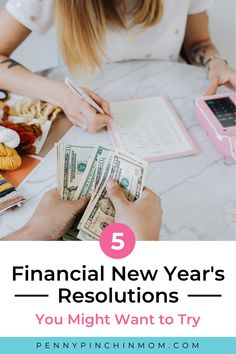Having financial goals is a great way to start the year. Creating a plan to pay of debt, start an emergency fund, and save more money are just of few of the New Year's Resolutions I started the year with. Financial News, Financial Goals, Money Problems, Get Out Of Debt, Managing Your Money, Budgeting Money, Finance Tips, Money Management, Resolutions