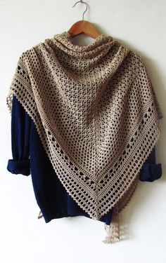 Hourglass Shawl PDF Crochet Pattern by ShaggyNest on Etsy https://www.etsy.com/au/listing/237022139/hourglass-shawl-pdf-crochet-pattern