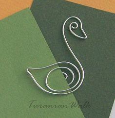 Swan - wire bookmark. $6.50, via Etsy.