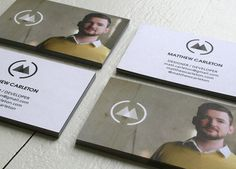 Que tal mais um pouco de inspiração para futuras criações de cartões de visita? Novas combinações de cores, formatos, cortes... Experimentar para trazer