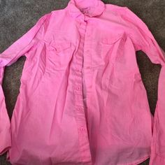 Old Navy Pink button down shirt Great Condition Pink Old Navy button down long sleeve blouse.  Size medium. Please ask if you have any questions :) Old Navy Tops Button Down Shirts