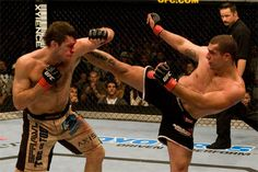 UFC - Forrest Griffin vs Rua another intense and competitive between two of UFC notable athletes the high kick is defend by Forrest Griffin