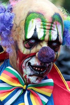 .This is why I hate clowns.... so creepy it's just plain cool!