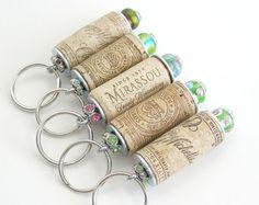 Llavero de corcho del vino corcho cuentas por lizkingdesigns