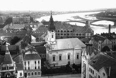 Kilátás a Fogadalmi templom tornyából északkelet felé, előtérben a szerb templom és a Palánk (1929) Hungary, Mansions, House Styles, Home, Manor Houses, Villas, Ad Home, Mansion, Homes