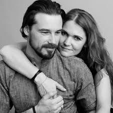 couples studio photo shoot