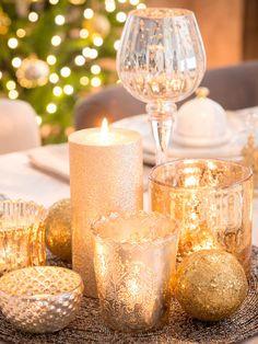 Brillo en la #mesa #menaje #vajilla #dorado #oro #velas