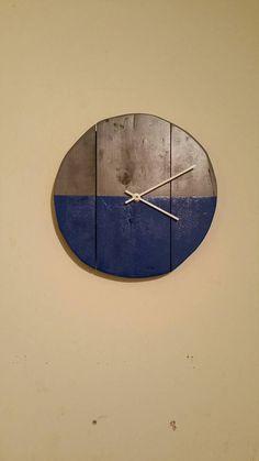 236 inch rustic wall clock large wall clock weathered wood clock home decor reclaimed wood decor rustic wall clocks