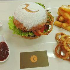 Hotel Royal Oasis | Port-Au-Prince - Le Burger Week