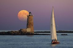 Perfect Angle - Whaleback Lighthouse off the coasts of Maine and New Hampshire  by Larry Landolfi https://www.facebook.com/144196109068278/photos/a.168988406589048.1073741825.144196109068278/272036352950919/?type=3&theater