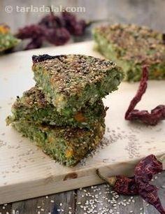 Is green moong dal handvo healthy? Veg Recipes, Indian Food Recipes, Gourmet Recipes, Cooking Recipes, Healthy Recipes, Cooking Tips, Snack Recipes, Breakfast Recipes, Recipes