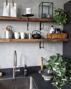 Check the webpage for more about kitchen decor: When buying home business office furniture, search for pieces that have multiple uses. An example can be an armoire which to place your printer and also store excess printing supplies. Diy Kitchen, Kitchen Dining, Kitchen Decor, Kitchen Walls, Design Apartment, York Apartment, Kitchen Fixtures, Home And Deco, Küchen Design