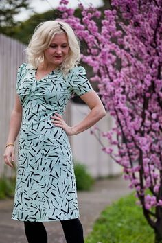 Dress from Colette patterns. (Also, major seamstress crush on Veronica Darling.)