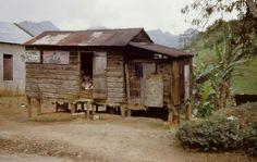 Casa de Madera y zinc 1949