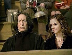 Pictured: Severus and Hermione at Hogwarts // Artist: Unknown Dad and Mum at one of Lily's Quidditch matches earlier this fall. Harry Potter Comics, Harry Potter Ships, Harry Potter Jokes, Harry Potter Fan Art, Harry Potter Characters, Snape And Hermione, Hermione Granger, Alan Rickman Always, Harry Potter Anime