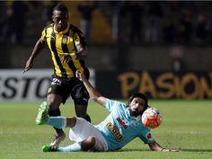 Sporting Cristal cayó 4-3 ante Peñarol y fue eliminado de la Copa Libertadores. April 19, 2016.