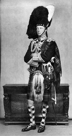 HM King Edward VIII , nice Highland kit