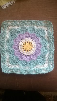 "Pizzazz - 12"" Square by Melinda Miller - Free crochet pattern - Granny Square"